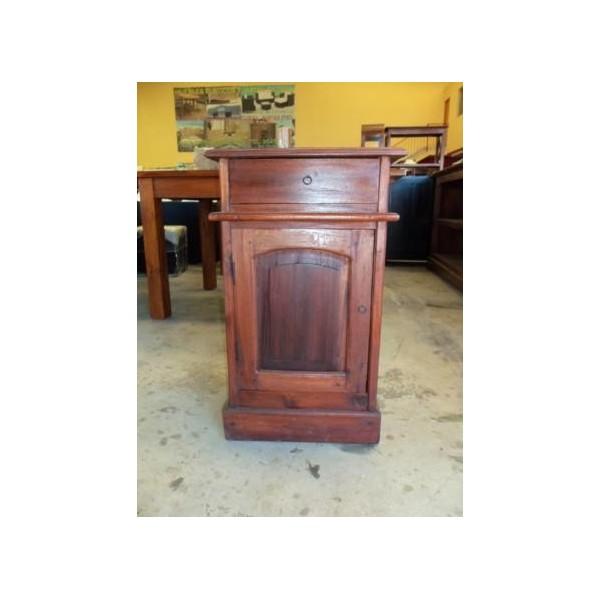 Liquidacion muebles rusticos coloniales auxiliares madera - Mesitas de noche rusticas ...